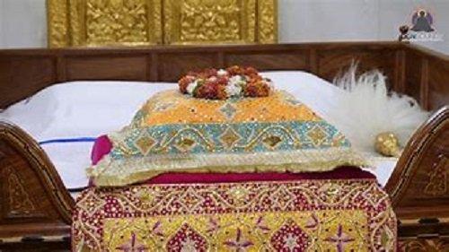 ਗੁਰੂ ਦਾ ਅਦਬ ਅਤੇ ਸ਼੍ਰੋਮਣੀ ਗੁਰਦੁਆਰਾ ਪ੍ਰਬੰਧਕ ਕਮੇਟੀ ਦਾ ਅਮਲ